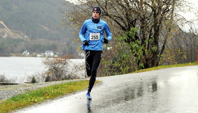 vinterkarusellen, 11.11.2017: Andreas Vangnes vant 5 km på ny løyperekord