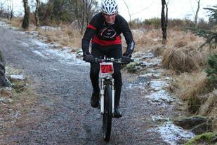 Odd Garpestad på laget Refsland&Garpestad i full konsentrasjon på en av sine etapper rundt Horve.   Foto: Keth Odland.