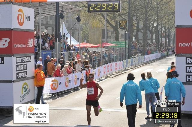 Anders Grogaard 640pix foto Rotterdam Marathon.jpg