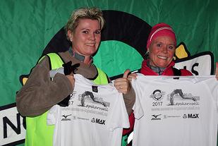 Både Tina Helle Johnsen og Iris Kroken løp 9 av 10 løp i 2017. De ble belønnet med flotte t-skjorter i premie