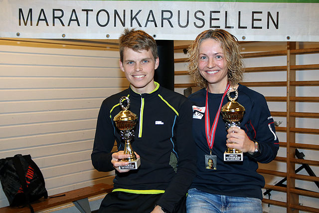 Erlend Nymark Jensen og Therese Falk tok seieren i Hans Jakobs minneløp