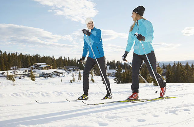 Mange som har felleski vet ikke at skiene må behandles, og de står derfor i fare for unødvendig å ødelegge skiene sine. (Alle foto: Swix)