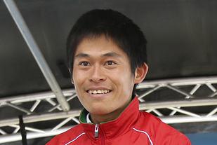 Yuki Kawauchi klarer å kombinasjonen av å løpe maraton ofte og fort bedre enn noen andre. (Foto: Runar Gilberg)