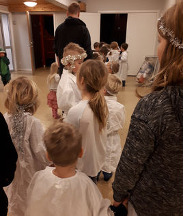 Luciaopptog i barnehagen