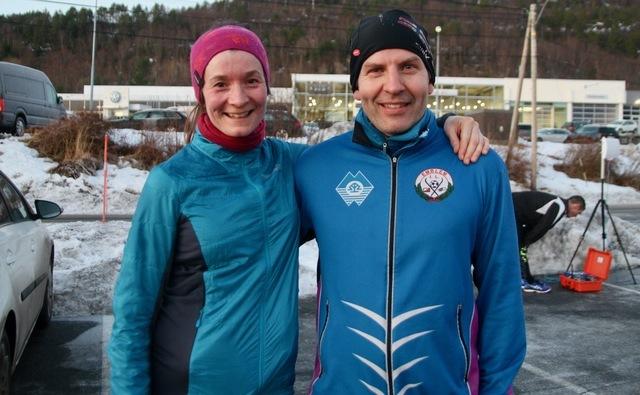 De to vinnerne på 10 km i Ålesund, Sissel Hammerås og Gunnar Karl Emblem. Foto: Sigbjørn Anton Lerstad