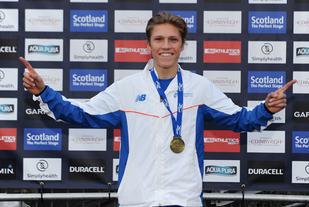 Simen Halle Haugen spurta fra konkurrentene og tok en prestisjefull seier i Great Edinburgh XCountry. (Foto: Mark Shearman)