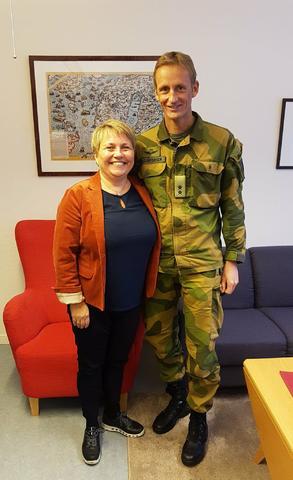 Heimevernsjef og ordfører.jpg