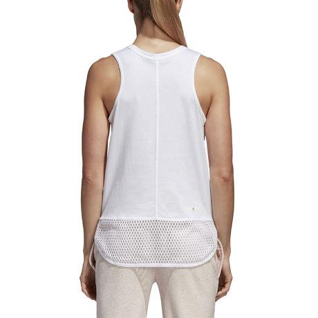 CW0442_APP_on-model_back_white