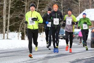 Det var vinterlig og kaldt, men likevel gode løpsforhold på Haga. (Foto: Bjørn Hytjanstorp)