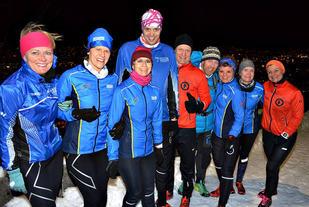 Noen av deltagerne samlet på toppen. Fotograf Hanne Liland