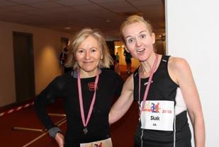 Ninette Banoun og Louise Skak på Bislett. De ligger henholdsvis som nr. 1 og nr. 3 på 50 KM-statistikken etterveterantabellene.