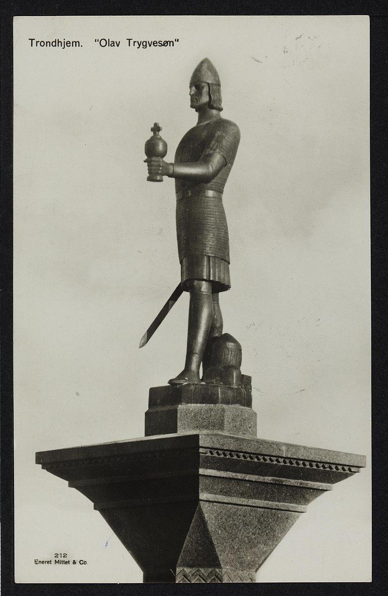 Bilde av statuen av Olav Tryggvason