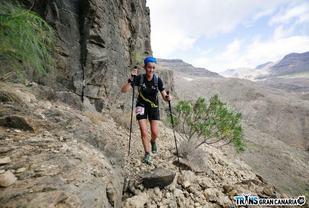 Øyunn Bygstad (34) har kjempet seg gjennom en rekke ultraløp. For en uke siden fullførte hun Transgrancanaria på 79 timer og 29 minutter. 75 startet, 56 fullførte. Bygstad var nest raskest av de seks kvinnelige deltakerne. (Racephotos.se)