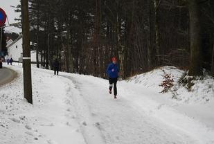 Ingrid Ukkelberg, Mandal IL mot mål som vinner av 10 km på 39.28 (Foto: fvn.no/Ivar Gogstad)
