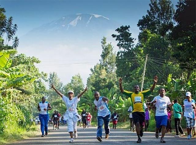 Kilimanjoro_Marathon_folkefest.jpg