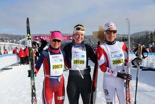 De tre raskeste på 30 km, Marie Renéee Sørum (2. plass), Nichole Bathe og Barbro Sætha (3. plass). Foro: Arrangøren/Terje Lund Olsen