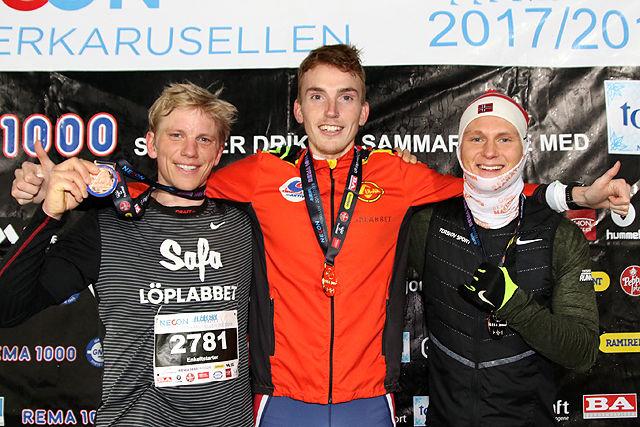 Premiepallen for 10 km i NECON Vinterkarusell: Joel Dyrhovden, Marius Vedvik og Sondre Øvre-Helland.