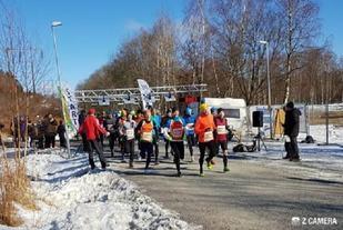 Fra starten av årets heller vinterlige Vårtävling i Göteborg (Foto: solvikingarna.se/Tommy Björk).