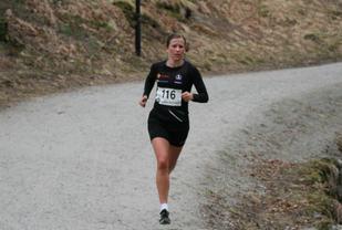Christina Toogood løper inn til ny løyperekord i Parkløpet i Sandnes. Foto: Thomas Hetland.