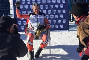 Hans Mäenpää etter verdensrekorden. Foto: Instagram @skiteam_maenpaa