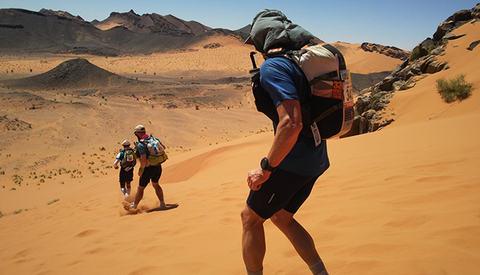 Marathon des Sables byr på store utfordringer flere dager på rad. (Foto: Fredrik Ölmqvist)