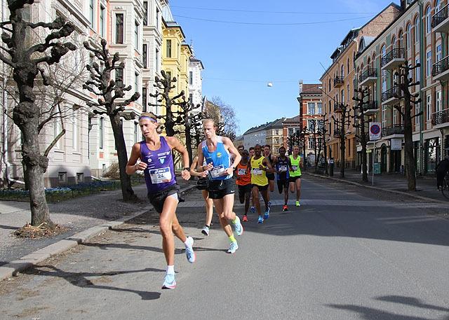 10km_ved_1kmKristian_Tjoernhom_IMG_3143.jpg