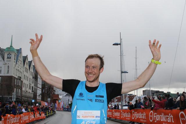 Jonathan Albon dagens raskeste på maraton