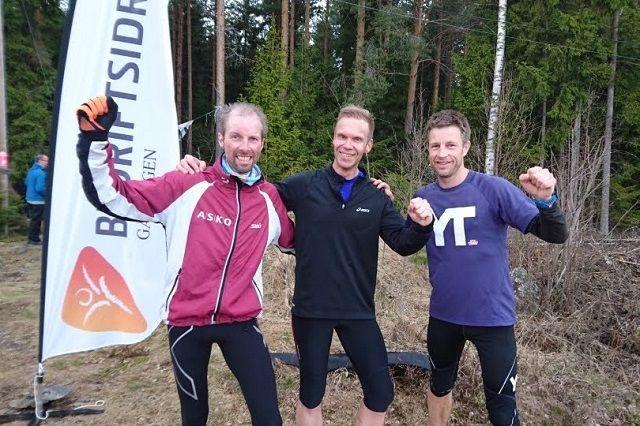 De tre beste på lang løype på Ilseng (fra v.): Jan Hovde, Jo Reistad og Thomas Pedersen. (Foto: Finn Ansgar Haneberg)