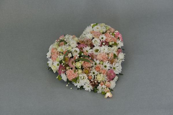 170725_blomst_blomster_begrvaelse_hjerte_hjerter