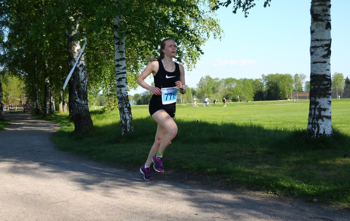 Martina Lindhart Hagen vant baneløpet på Sørum, mens vi på bildet ser vi henne i aksjon på ABIK-karusellen tidligere i år. (Foto: Bjørn Hytjanstorp)