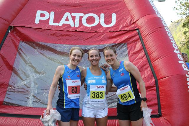 Topp 3 kvinner under sesongens 2. løp