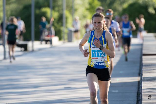 5km-Heidi_Pharo_third women_4km.jpg
