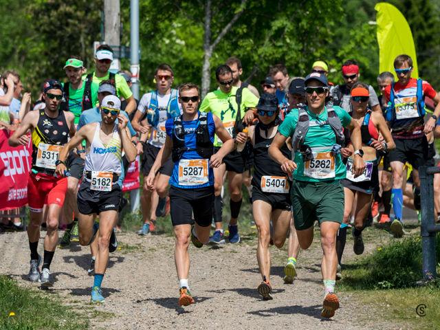 Ecotrail Oslo var Norges klart største ultraløp også i 2018. Her fra starten på 50 km. (Foto: Sylvain Cavatz)