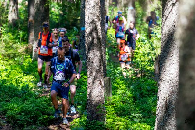 07-Ecotrail-@Abortjern_group of 30km runners.jpg