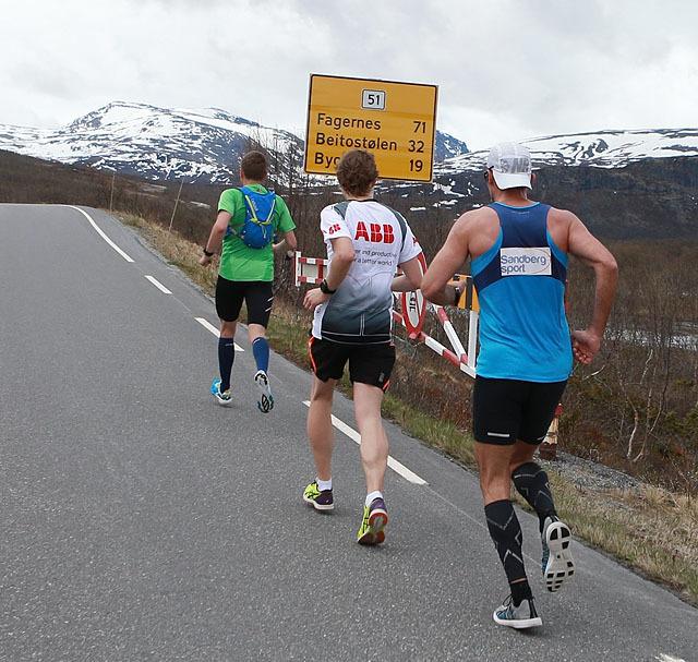 32km_igjen_Besseggen_Fjellpark_AZ3T1005.jpg