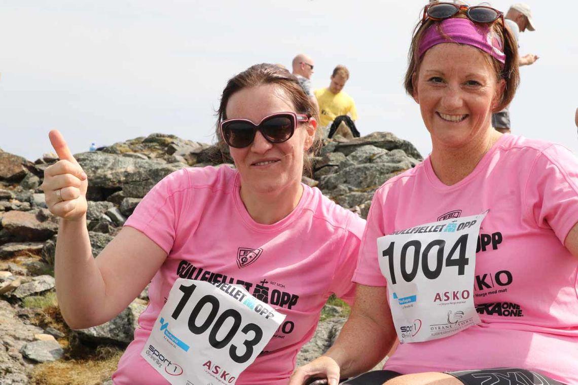 Daiva Dascioriene og Alice Rasmussen smiler på toppen