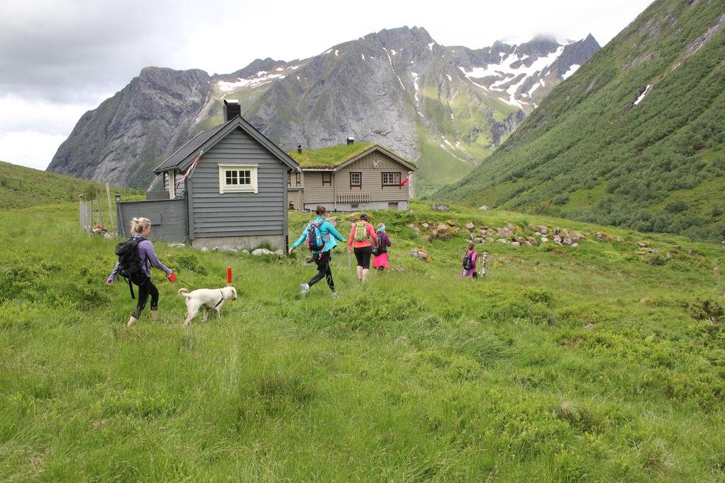 Her halvveis på runden på Mosætra. Foto: Ørsta Fjellmaraton