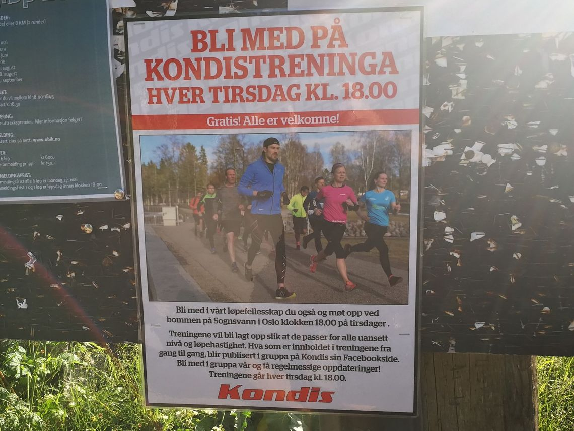 Kondistreninga reklamerer nå for seg sjøl på oppslagstavla ved bommen på Sognsvann.