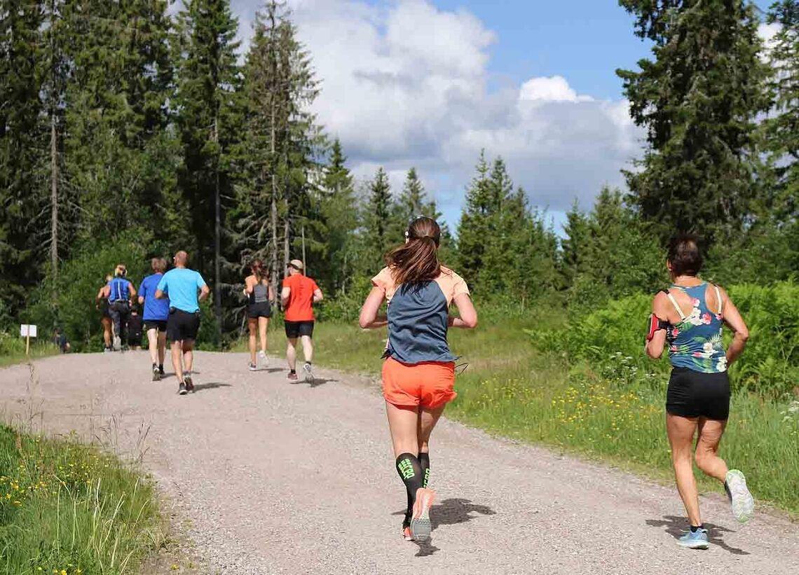 Nordmarka Skogsmaraton ble utsatt til høsten, mens det i juni arrangeres et helt nytt løp på 12 km. (Foto: Runar Gilberg)