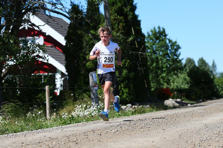 Stomperudløpet2018-6km-Sigurd Størmer Antonsen i tet etter 1500 meter