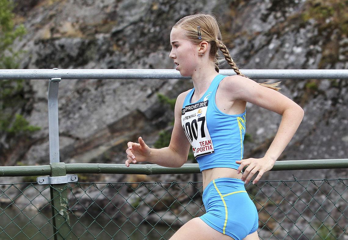 Emma Kirkeberg Mørk er tatt ut på 3000 meteren i U18-EM i friidrett. (Foto: Kjell Vigestad)