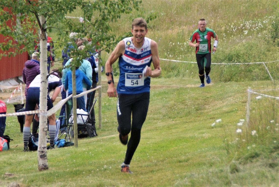 Fjorårsvinner av O-ringen i Arvika, William Lind, Malungs OK vant H21. (Foto: Stein Arne Negård)