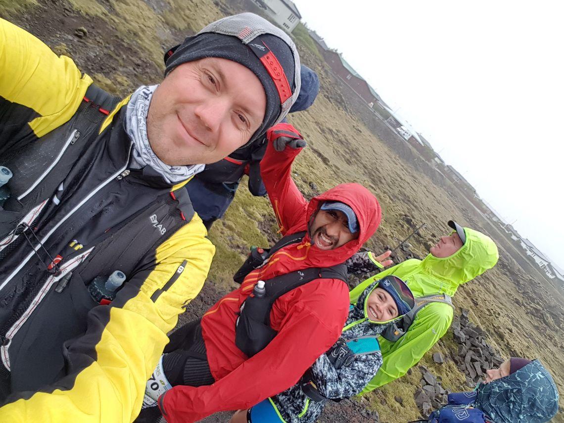 Cato Hensteen (foran) og Raquel Galetto-Plascencia (i blått) kom begge på pallen på 82 kilometer. (Privat foto)