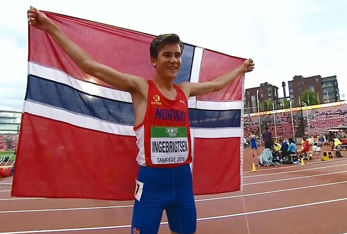 Jakob Ingebrigtsen kunne juble for sølv etter å ha møtt verdens beste 1500 m-løpere under 20 år. (Foto: skjermdump fra IAAFs streaming)