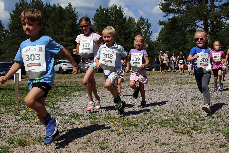 Risberget Rundt er for alle, også barna. Her fra starten i barneklassen.