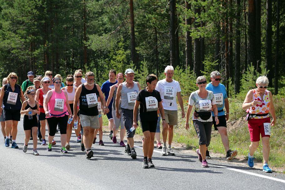 Risberget Rundt er først og fremst et trimløp. Hele 80 valgte å gå, jogge eller løpe runden på 5 eller 11 kilometer i trimklassen.