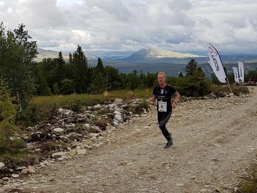 Linus Bohman på vei mot rekorden i Beteberget Opp i 2018. (Foto: Wenche Syversen)