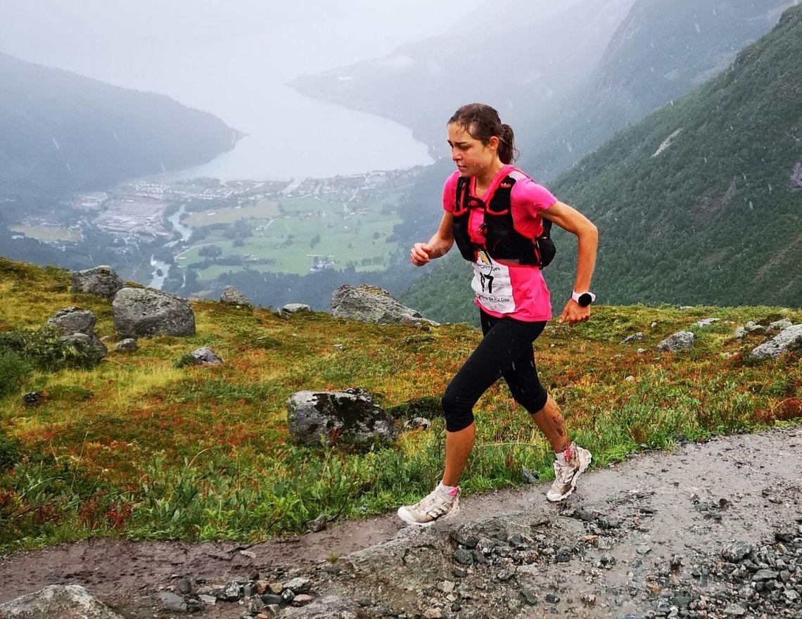 Tyske Michelle Maier vant kvinneklassen i Skåla(vatnet) Opp i 2018. Foto: Christian Prestegård