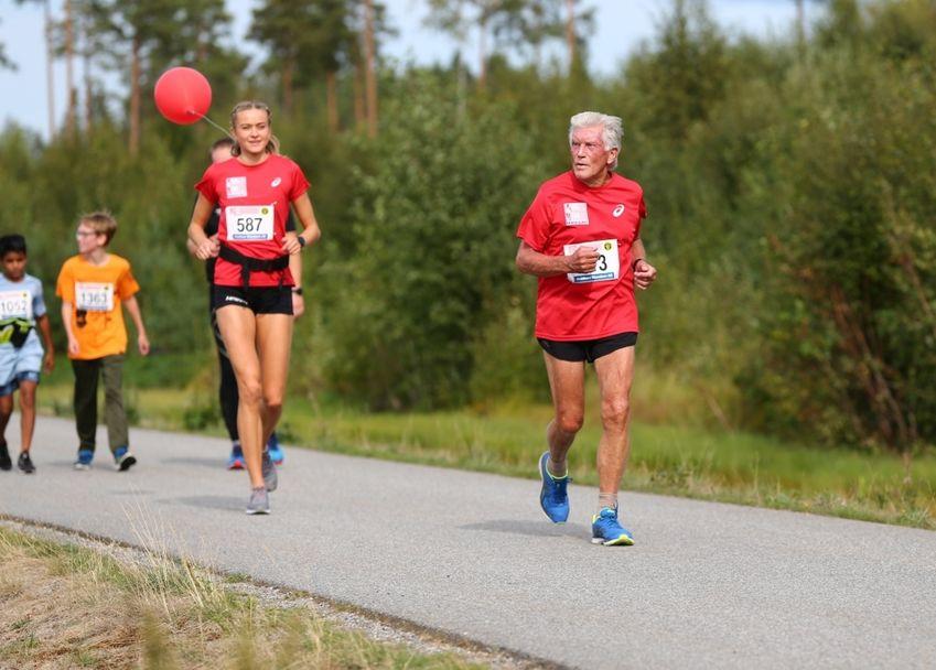 985_Helge_Holth_81år (1024x733)