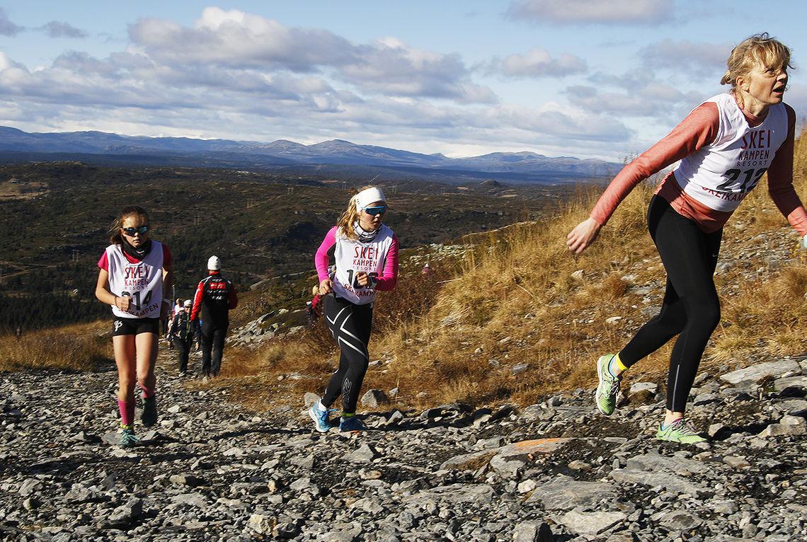 Skeikampen Opp er ett av åtte motbakkeløp som arrangeres i helga. (Foto: Rolf Bakken)